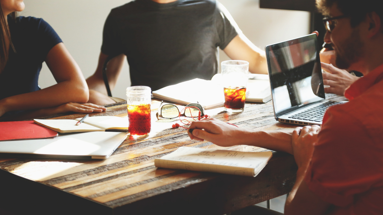 7 Gesetze, um mit Deinen Inhalten Mehrwert zu schaffen