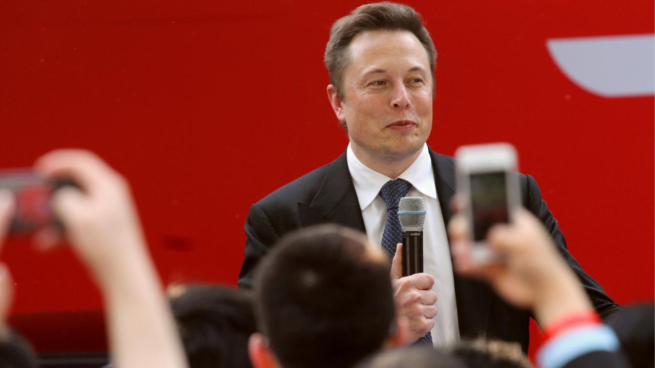 5 Lektionen von Elon Musk inkl. Fragen für Dein Experten Marketing