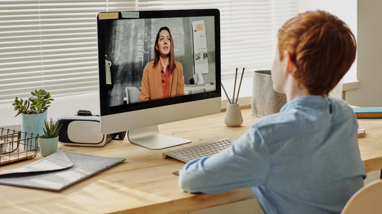Virtuelle Kundengespräche: So gelingt Dir jedes digitale Kundenmeeting!